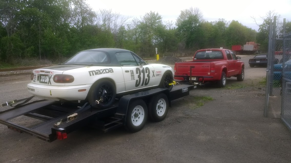 dodge dakota towing spec miata racecar on trailer