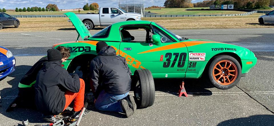 Spec-Miata-Trackside-Repairs-Viken-Photography