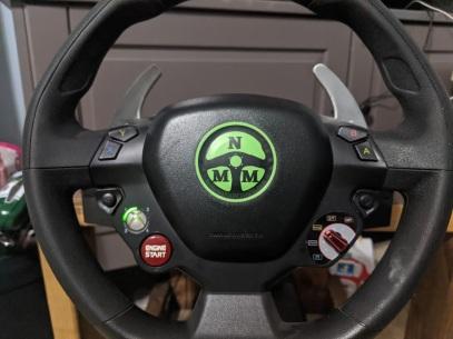 racing-wheel-thrustmaster-ferrari-xbox