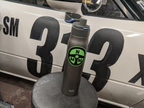no-money-motorsports-water-bottle-hpde-drinks-track-day